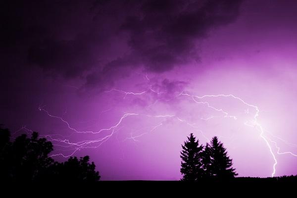 lightning 6 600x400